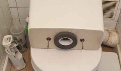 Réparation d'une fuite de réservoir du WC Montpellier Boutonnet
