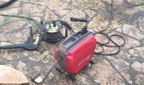 Débouchage d'une canalisation bouchée par furet électrique à Montpellier euromédecine